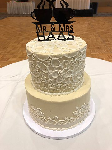 2 tier ivory with white lace buttercream