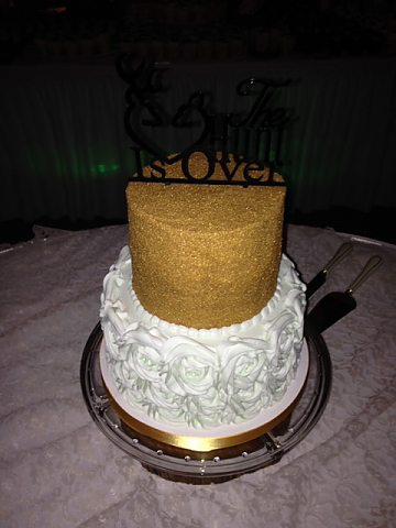 2 tier rosette buttercream and gold sugar
