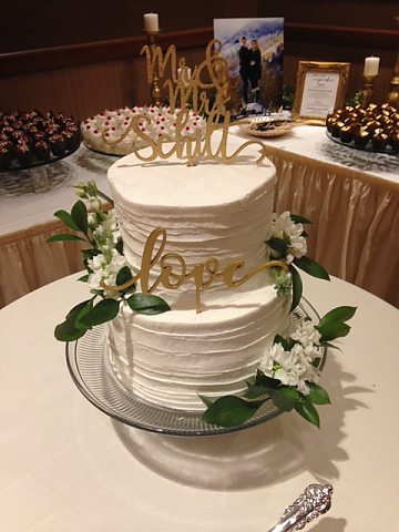 2 tier rustic comb with love