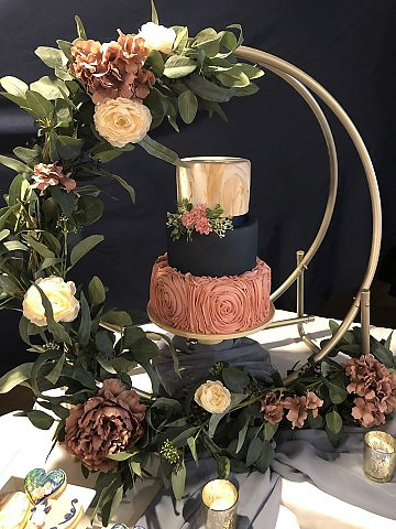 Hoop & Cake Display blush & navy 3 tier