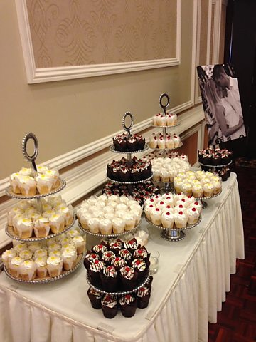 cupcake display at The Julien
