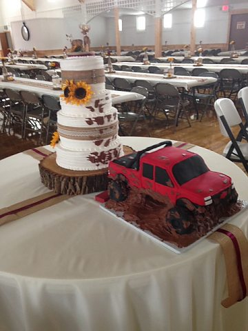 Monster Truck destroys wedding cake